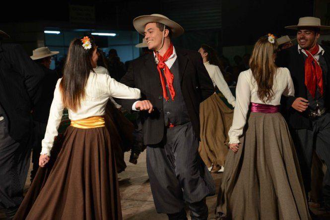 Dança | Fenadoce | CTG