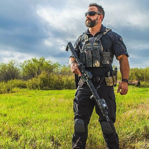 "tacticalsquad: "" domraso ""Without Knowledge, Skill cannot be focused. Without Skill, Strength cannot be brought to bear and without Strength, Knowledge may not be applied."" - Alexander the Great's Chief Physician –photo Cred @christopherbigbie """