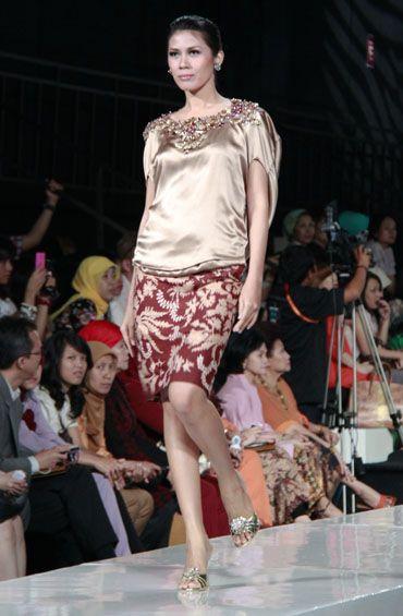 Yasra Studio - elegant batik