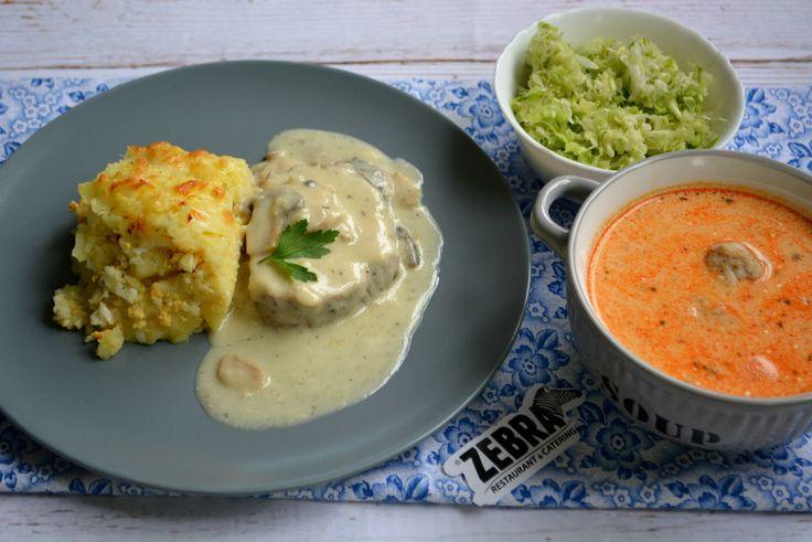 Ciorba de perisoare (400 ml) Cotlet de porc cu sos de ciuperci si cartofi frantuzesti (100/20/120 g) Salata de varza