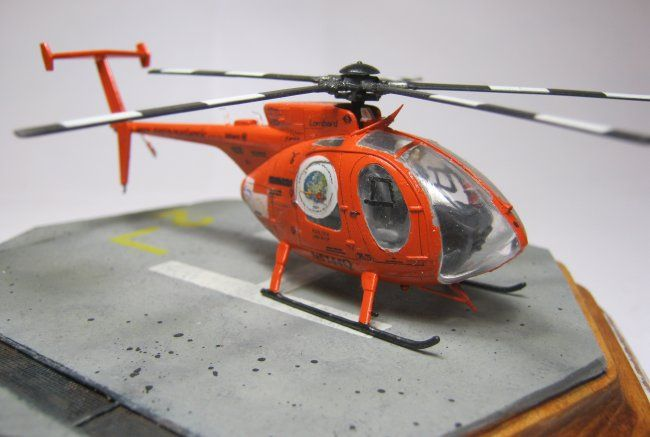 1/72 AZ Model Hughes MD-500E by Carlos Escobar