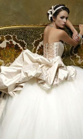 Stunning  Beach Short Front Long Back Lace Organza Bridal Wedding Dress Dresses W