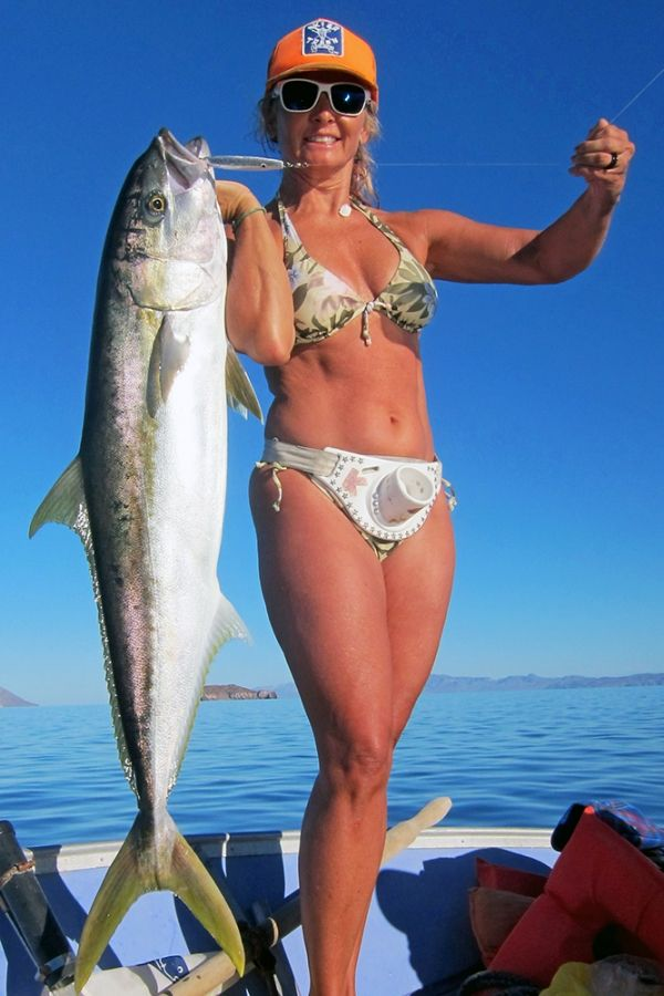 Species yellowtail kimberly recently landed this 30 pound for Naked fish sf
