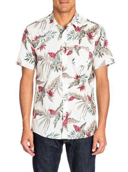 Everyday Print SSМужская рубашка с коротким рукавом от Quiksilver – новинка из коллекции Весна 2015. Характеристики: современный крой Modern Fit, поплин, сплошной обратный принт.