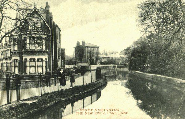 1905 - The New River from Park Lane Bridge, Park Lane (renamed Clissold Crescent in 1937), Stoke Newington. History of Stokey (@HistoryOfStokey)