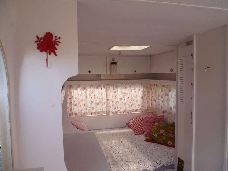 http://caravanity.nl/wp-content/uploads/2012/05/caravan-pimpen_wit-verven.jpg
