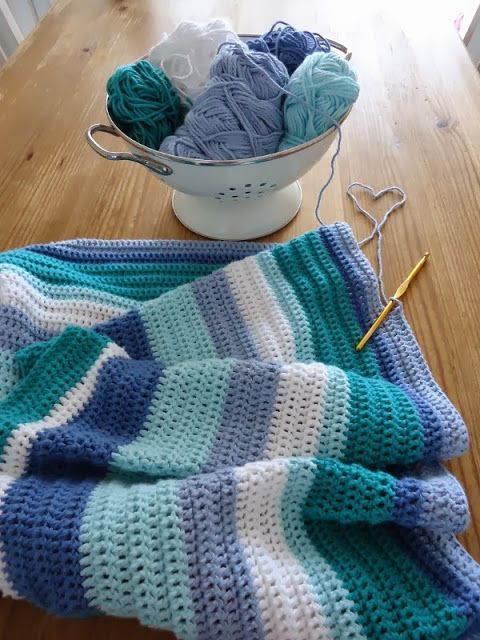 Cotton blanket King Cole Cottonsoft. Love love LOVE these colours for a baby boy. And love the varying stripe widths. A ripple blanket could also be nice.