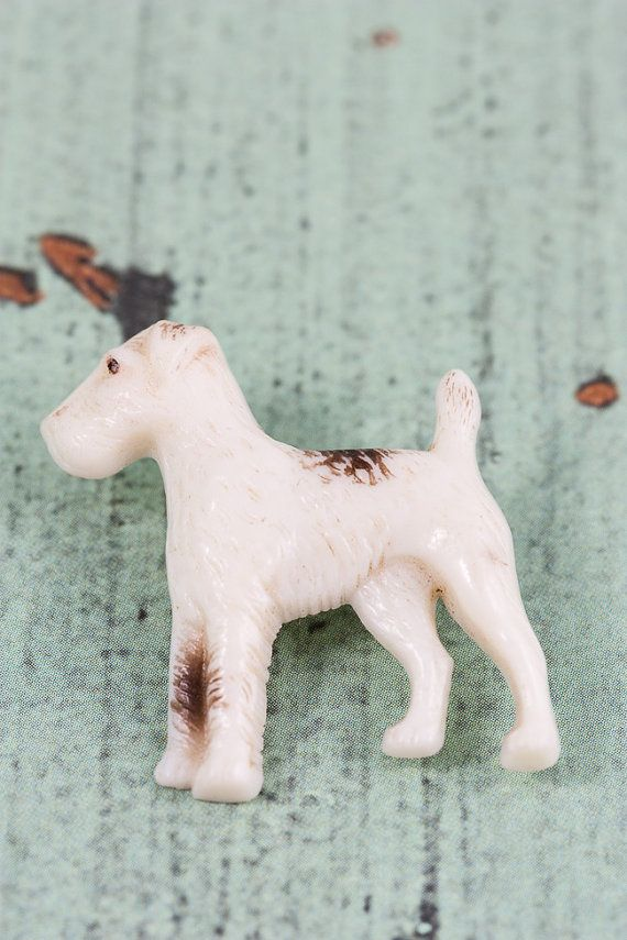 Vintage Airedale terrier figural celluloid brooch, signed Hornit 1930s 1940s plastic novelty pet dog pin. Cute mid-century costume jewelry