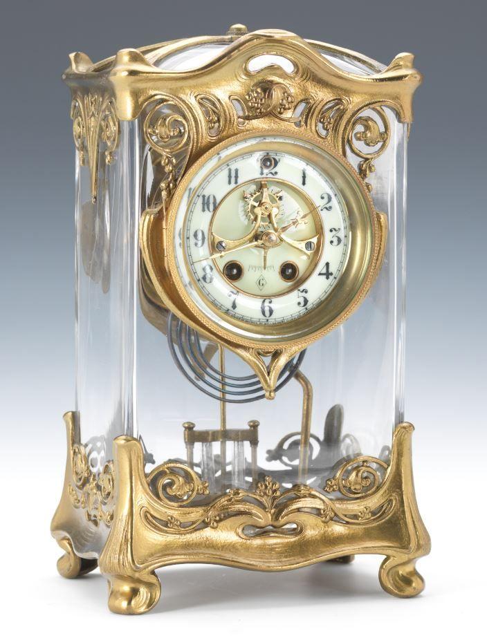 Reloj del palacio de cristal de Gilbert - fechado 1902.