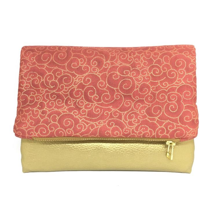 """""""Waves of Gold"""" Foldover Clutch"""