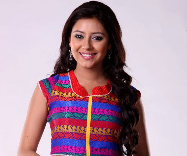 nice Bollywood Actress Pratyusha Banerjee's BF Questioned By Police After She Dies This Week Committing Suicide