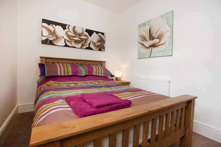 Your flowery double bedroom will leave you blossoming!