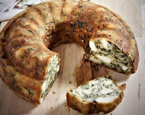 Σπανακόπιτα. Μια από τις καλύτερες πίτες που φτιάχνεται στην Ελλάδα και έχει ξεπεράσει τα σύνορα της Ελλάδος και έχει γίνει συνώνυμη με την Ελληνική κουζίν