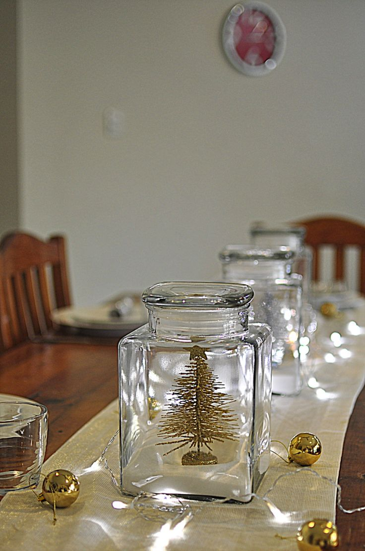 Christmas Table Ideas -- Battery operated LED lights for the table.