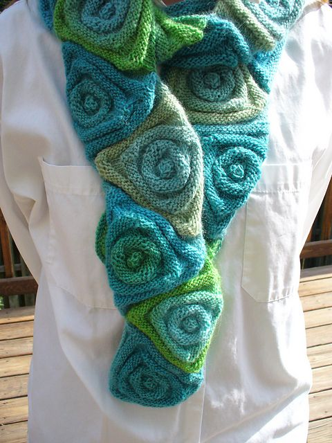 modern triangle knit  Scarf