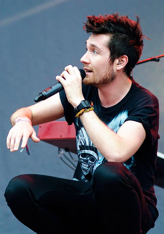 bastille lead singer name