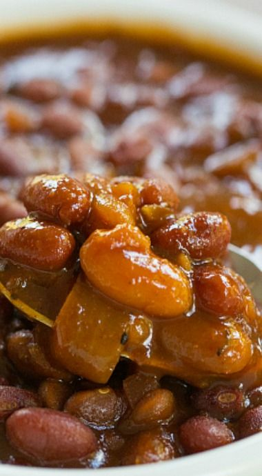 Slow Cooker Root Beer Baked Beans ~ sweet with a little bit of spice and smokiness... The flavor and consistency are both fantastic, and the ease of preparation can't be beat