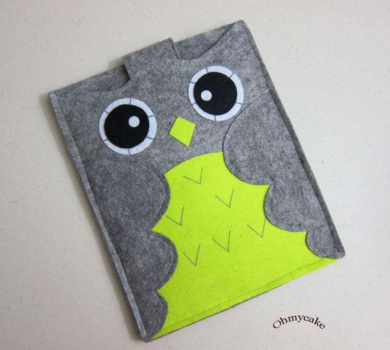 Handmade felt owl iPad sleeve @Chantalle Noelck Noelck Noelck Noelck Fiscus - This would match your purse :)