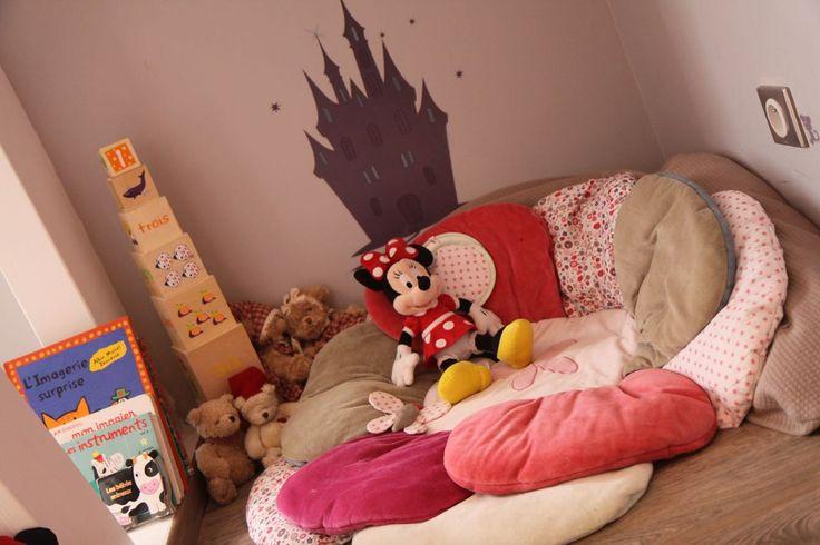 coin lecture chambre petite fille la baleine bleue d co. Black Bedroom Furniture Sets. Home Design Ideas
