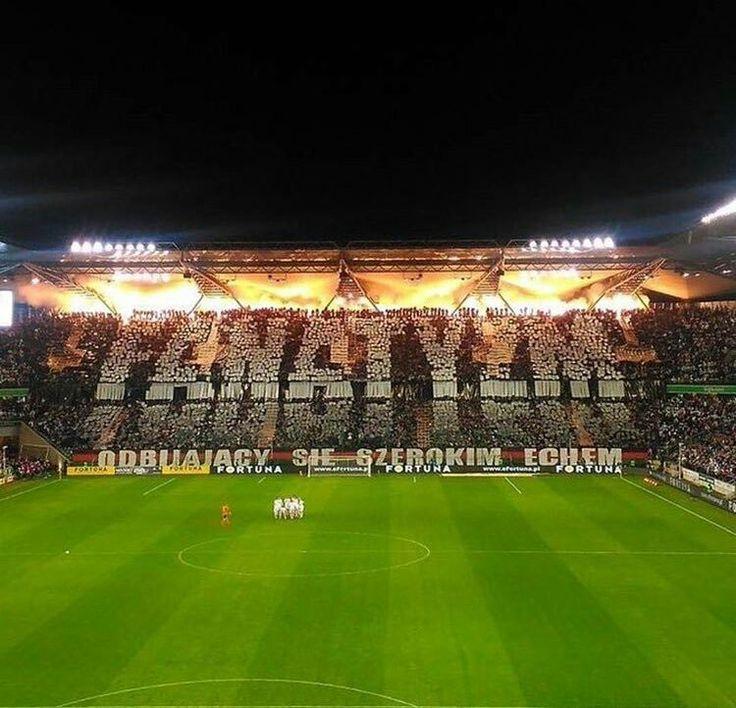 Legia Warsaw fans at home against Gornik Zabrze   #ultras #poland #Football #fanatyzm #legia #warsaw   FANATYZM!