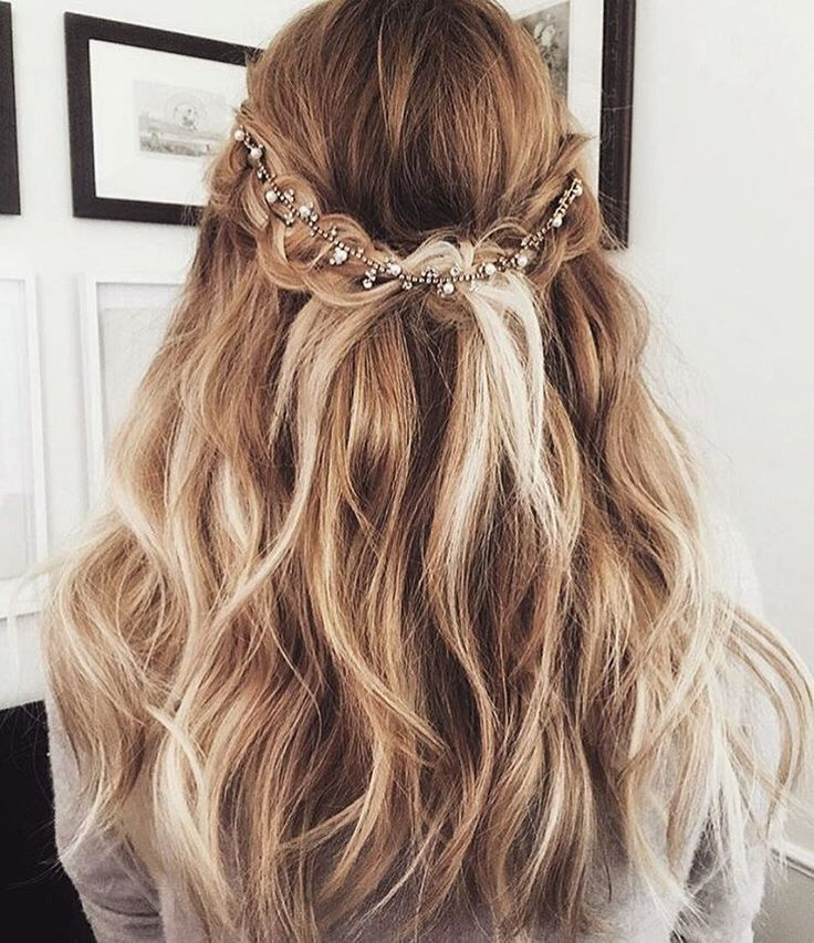 Hairstyles Up For Prom: 25+ Best Ideas About Half Up Half Down On Pinterest