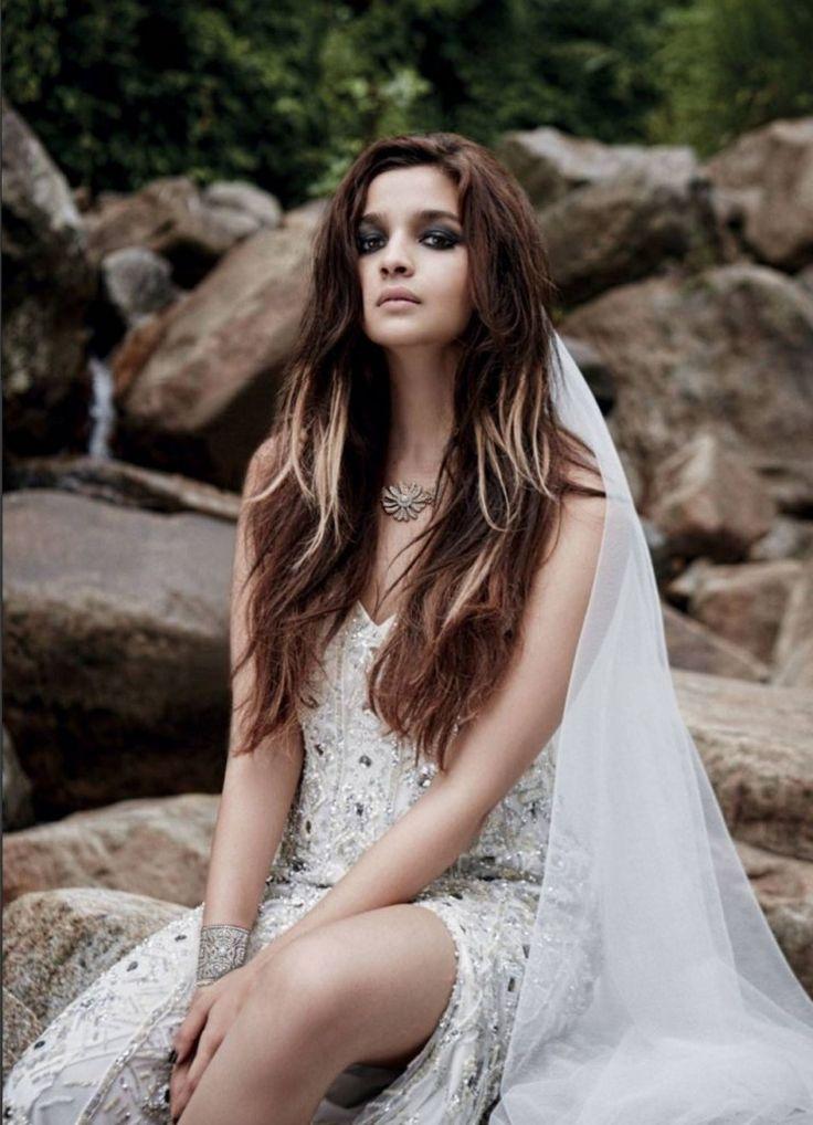 Alia Bhatt Sexy PhotoShoot For Noblesse Magazine