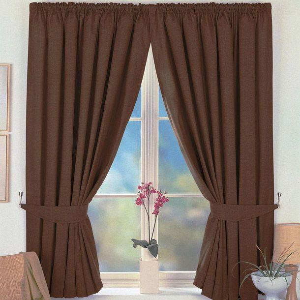 Достоинства и недостатки коричневых штор в интерьере? Как грамотно внести коричневые шторы в интерьере зала или спальни? Рекомендации дизайнеров.