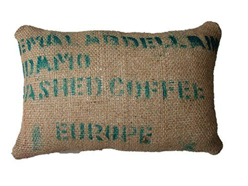 Cojin saco Europa - sacos de grano - cojin sofa - decoracion salon - cojin eco friendly - wikipillow - 40x60cm. WIKI PILLOW http://www.amazon.es/dp/B00UOUTFUC/ref=cm_sw_r_pi_dp_tqz9vb0VB90D9