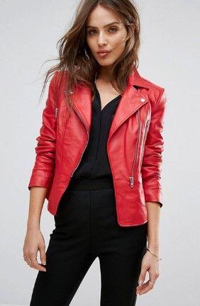 8fa63020b787 20 Ιδέες για να φορέσεις το κόκκινο πανωφόρι σου φέτος το χειμώνα ...