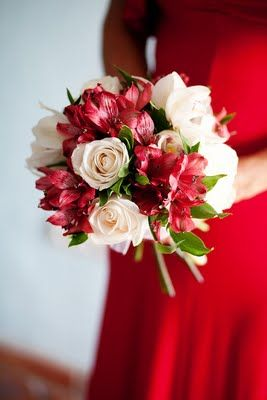 Pretty red wedding flowers - Keri these are cool!!  Different!! - - my friend is having a red wedding, cant wait to show her these.