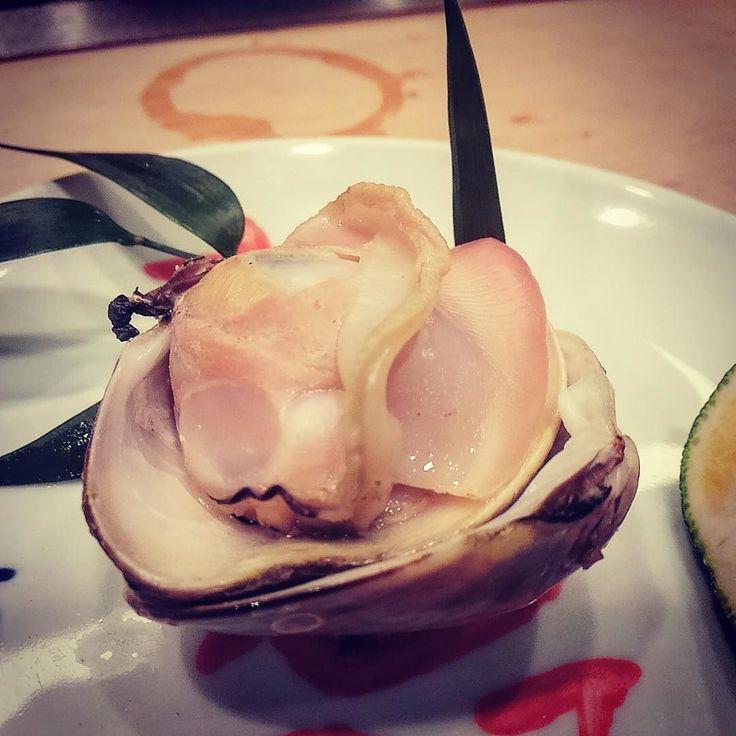酒の肴 蛤の酒蒸し 美味しいやんかいさぁ(O) #sakenosakana #hamaguri #sakamushi #japanfoodgopan by shiga.kenchoshozaichi