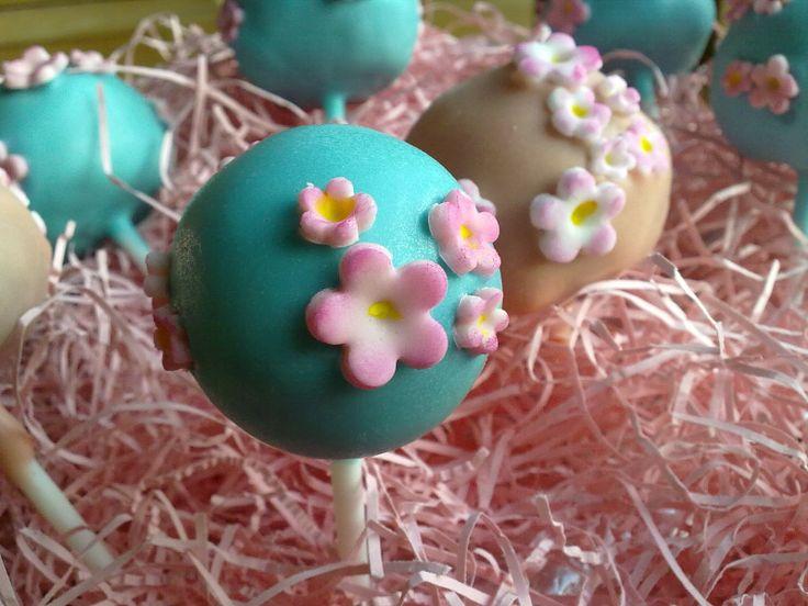 Sakura Cake Pops
