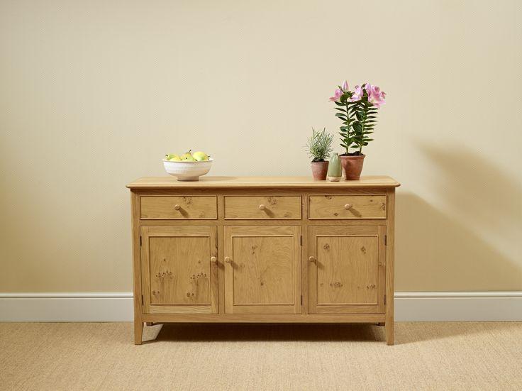 Amazing The Ludlow Pippy Oak Sideboard. Model LD2949