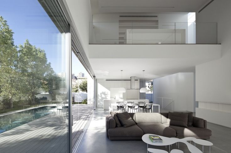 G House / Pitsou Kedem Architects + Irit Axelrod architects:
