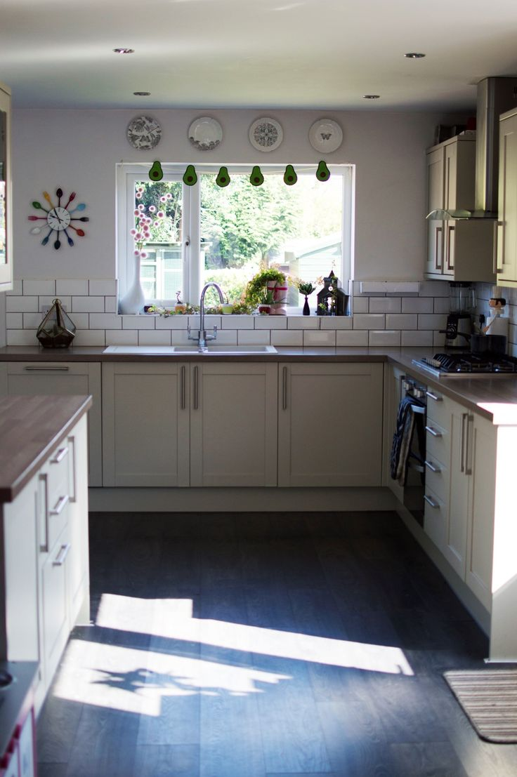 My kitchen makeover. Greenwich shaker grey units