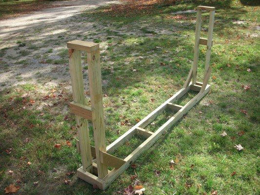 Use these free firewood rack plans to build your own firewood storage rack.  A step by step guide containing pictures for easy assembly.