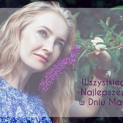 Wszystkiego najlepszego naszym kochanym Mamom! ⚘❤😚 PS Na Facebooku mamy #konkurs, zapraszamy na facebook.pl/jatoko  #dzienmatki #dzienmatki2017 #mothersday