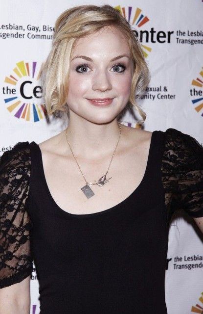 Emily Kinney Bra Size, Age, Weight, Height, Measurements - http://www.celebritysizes.com/emily-kinney-bra-size-age-weight-height-measurements/