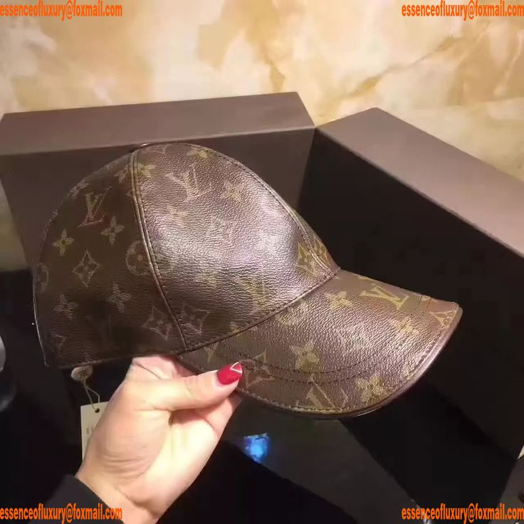 Replica Womens Hats Louis Vuitton Monogram Hats Q104PP70 AA15297