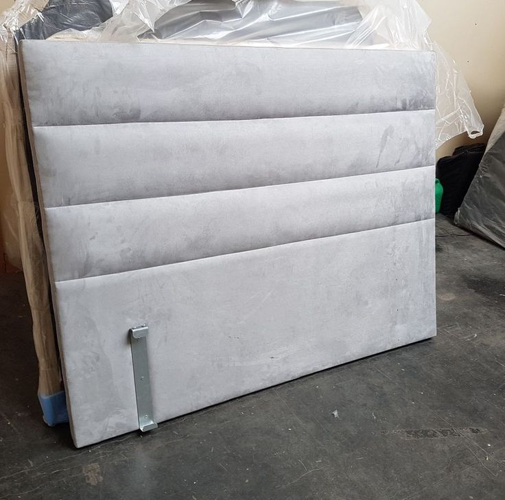 return still wrapped   5ft king size chunky headboard with horizontal  padding     damage to top corner and a few light scratches   reflected in price   4ft tall  2 inch deep   pick up only Manchester in Ardwick   can deliver in greater Manchester for a charge | eBay!
