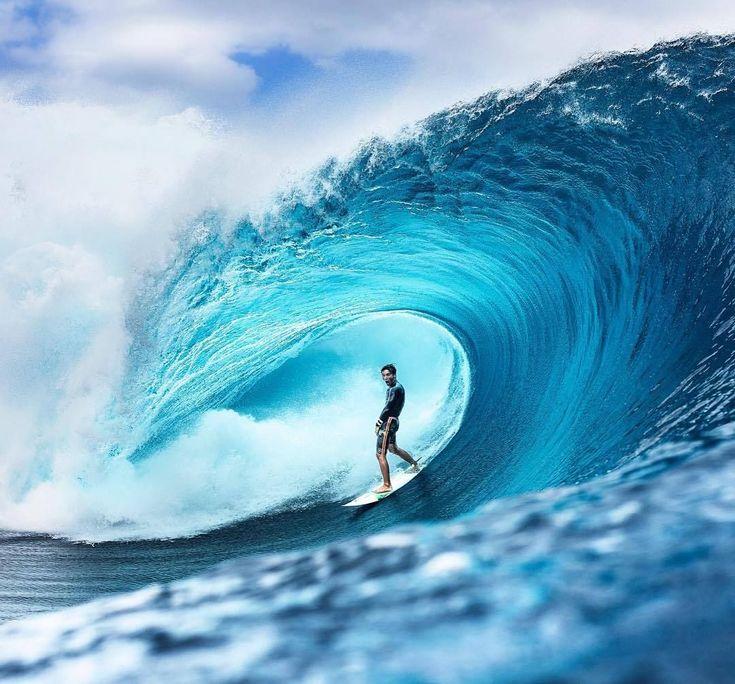 Risks Of Huge Wave Surfing
