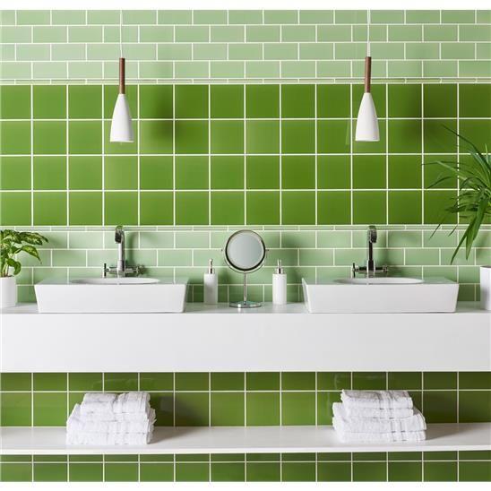 Badkamer tegels groen - Groene metro tegels ...