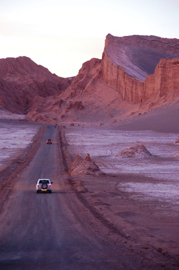 road + cars, moon valley, san pedro, chile #travel #photography