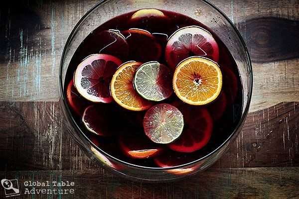 Traditional Spanish Sangria - finally a recipe with no added sugar. I ...