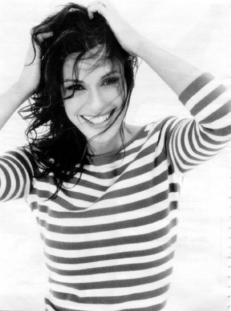 Teri Hatcher - Playing Susan Mayer in Desperate Housewives, oh wow i love her, and this picture is incredible!