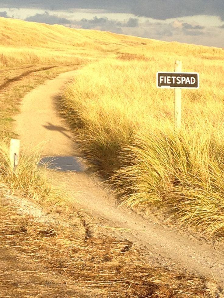 Cycle path on Vlieland