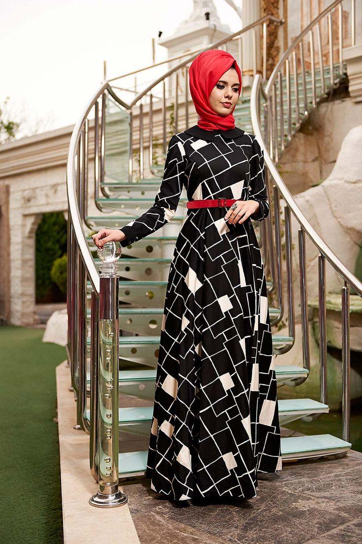 #lebanon #kuwait #muslimahfashion #morocco #hijabstyle #hijabfashion #hijab #hijabers #hijaber #hijabers #fashionista #fashionblogger #muslimworldfashion #muslimwear #muslimwomen #bahyezen #iran #ıraq #beirut #beirutfashion