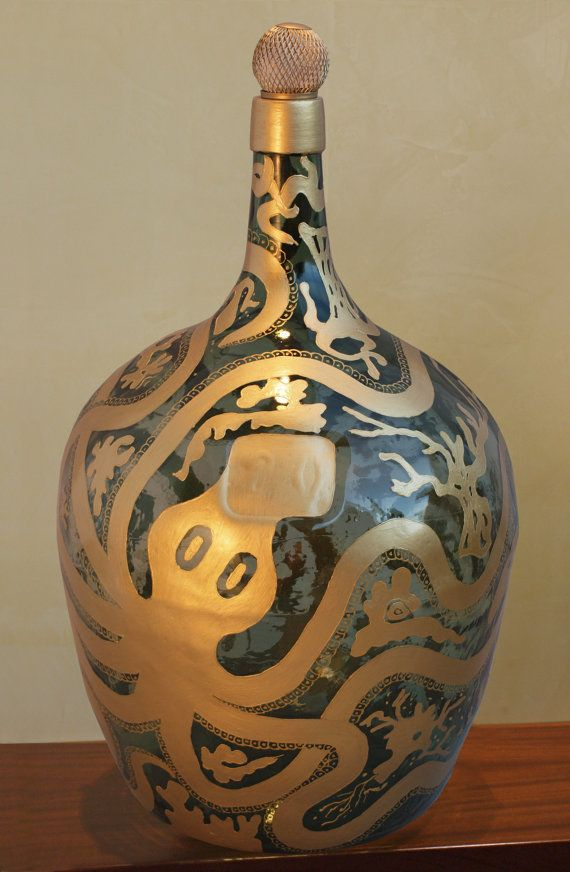 Inspired by James Bond and greek mythology... beautyful hand painted vintage Demijohn  (by Viola Redecker, ViReDesign)____________________________________ 5.28 gallons Height: 20.47 inches  Diameter: 13.39 inches (at its widest point)