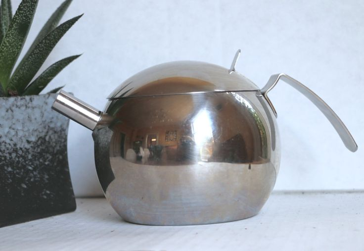 Prodotti Stella Galaxy Teapot 1980's Stainless Steel Modern Teapot Made in Italy by digatomic on Etsy