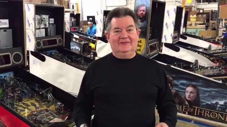 Steve Ritchie: La legendaria voz detrás del «Finish Him» y «Fatality» en el Mortal Kombat - https://www.vexsoluciones.com/noticias/steve-ritchie-la-legendaria-voz-detras-del-finish-him-y-fatality-en-el-mortal-kombat/